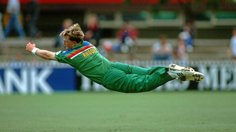 Fielders Jonty Rhodes (South Africa)