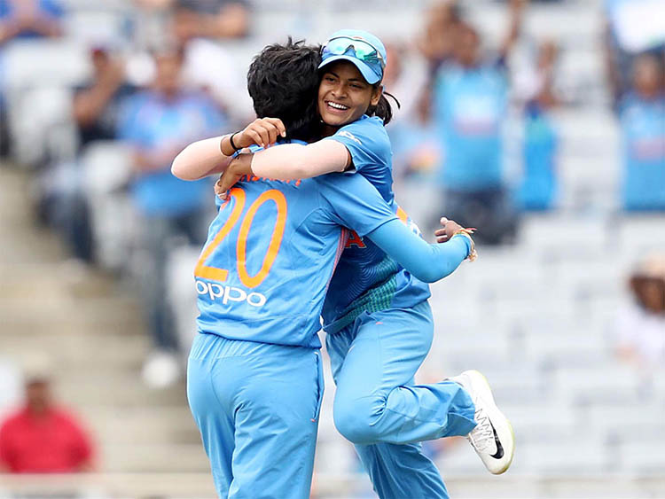 Top 5 'hard-to-break' Records made by Female Cricketers