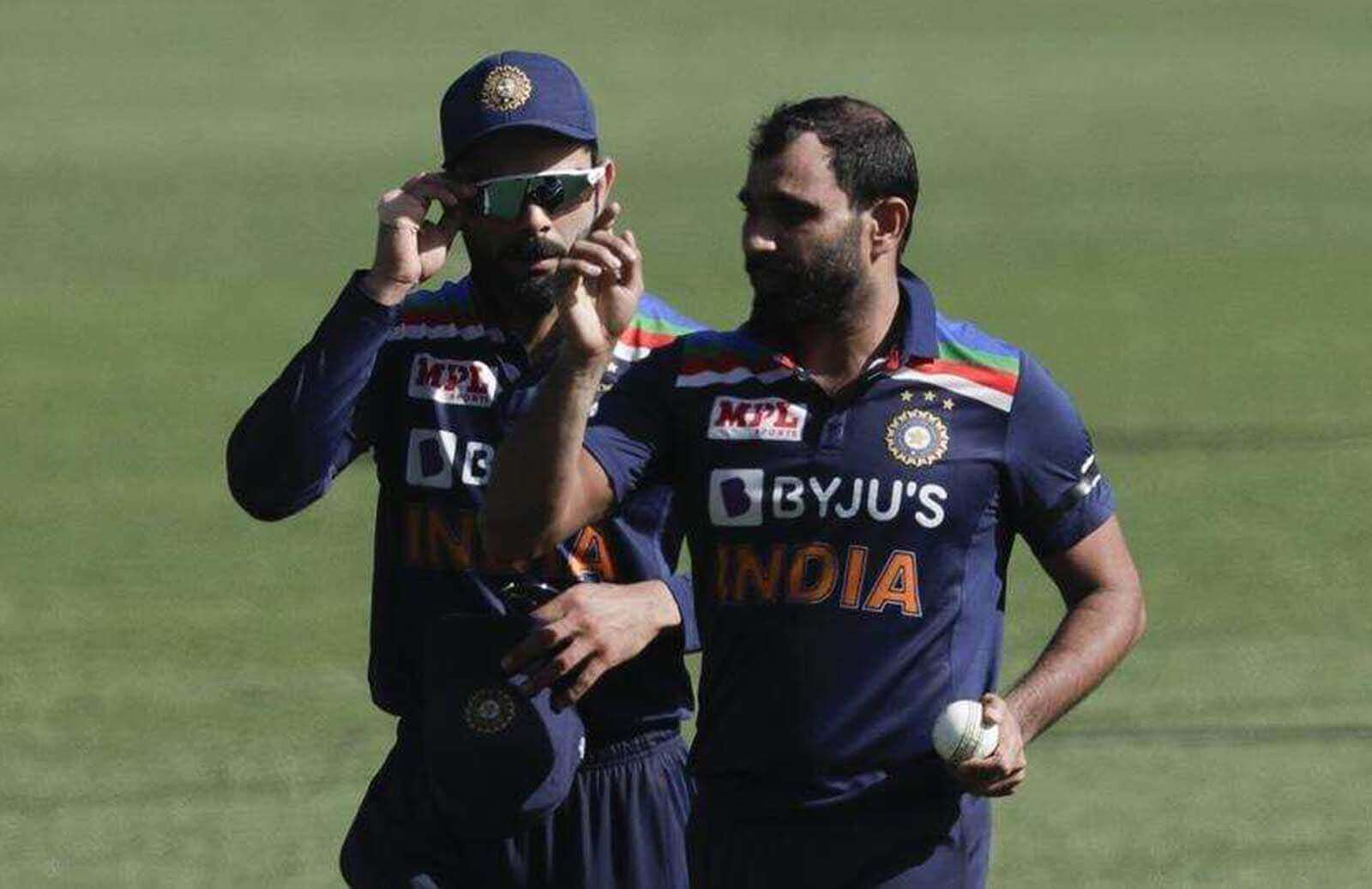 Mohammed Shami Dismiss David Warner On A Peach Of A Delivery, India Gets 1st wicket