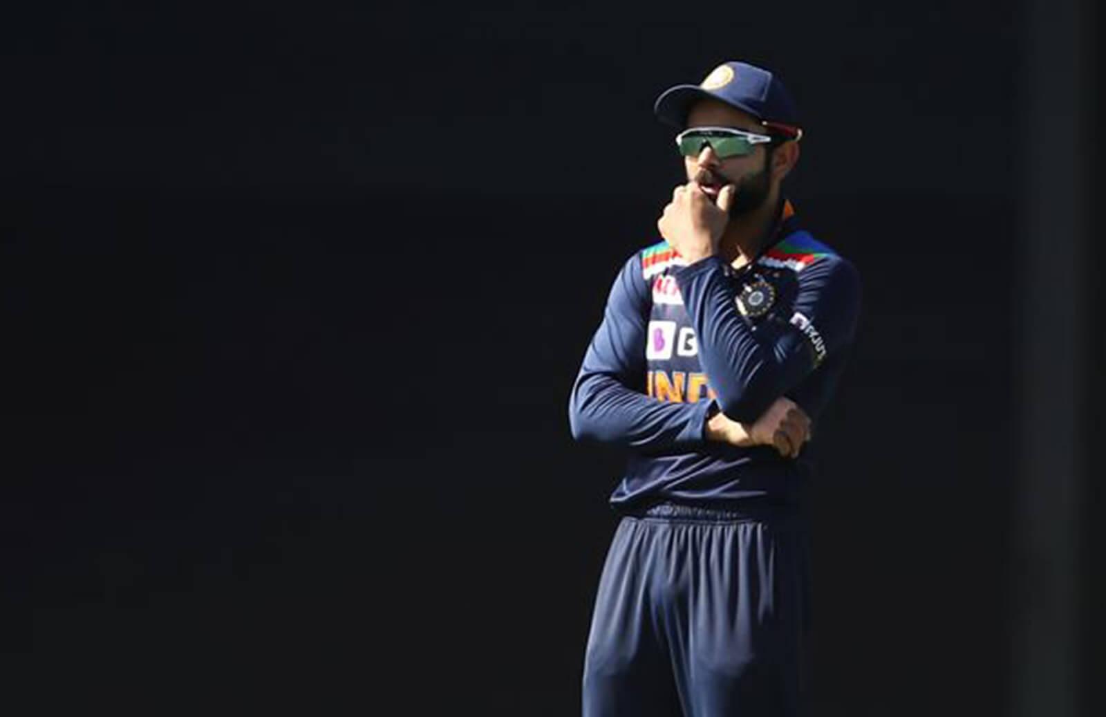 India Is Fielding Like Pakistan,_- Fans Troll Team India For Poor Fielding, Australia Post Mammoth Total Of 374 Runs