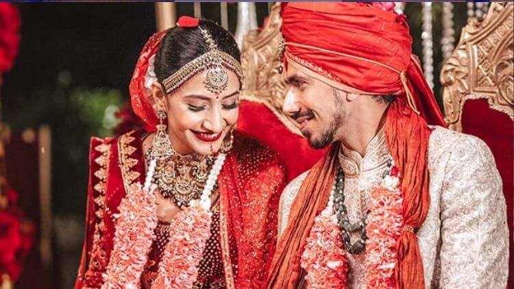 'Keep-Those-Googlies-For-Opposition-not-her'-–-Rohit-Sharma's-Hilarious-Wish-For-The-Newly-Wed-Yuzvendra-Chahal-And-Dhanashree-Verma